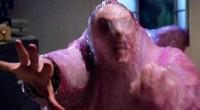 Longa é ambientado em cidade tomada por alienígena gelatinoso que come tudo e todos em seu caminho