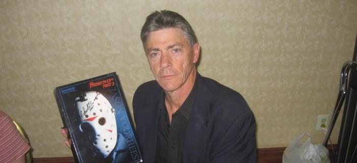 Ator interpretou Jason na terceira parte da franquia.