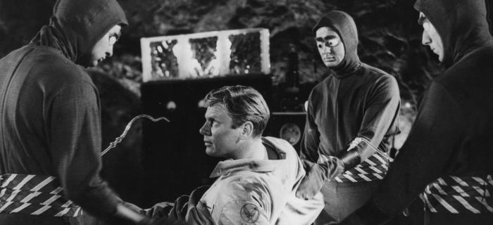 Mundos que se Chocam (1954)