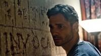 Longa de Scott Derrickson acompanha policial que se une a padre para investigar casos de possessões demoníacas.