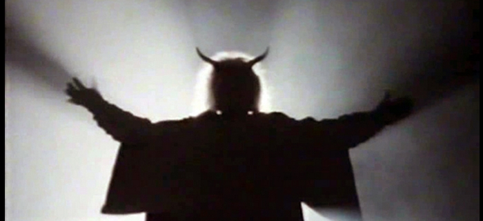 O Dia de Satã (1988)