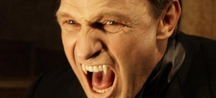 Dracula 3D (2012) (1)
