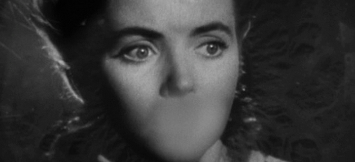 No Silêncio das Trevas (1945)
