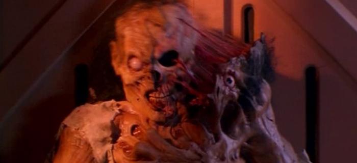 A Volta dos Mortos-Vivos 3 (1993)