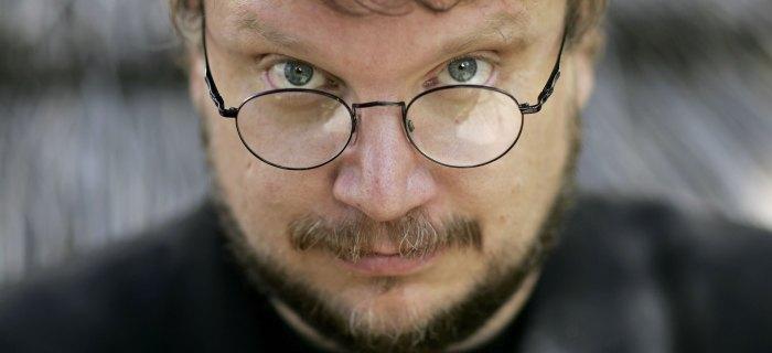 Del Toro afirmou que filme será em preto e branco e muito, muito bizarro.