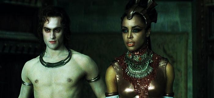 A Rainha dos Condenados (2002) (1)