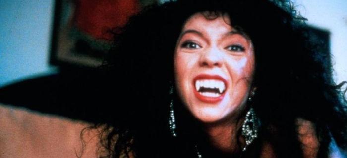 A Vampira de Beverly Hills (1989) (4)