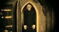 Entre no filme, se envolva, extraía toda a essência filosófica sem deixar nada tirar sua emoção em frente ao vampiro-mor, do mestre!