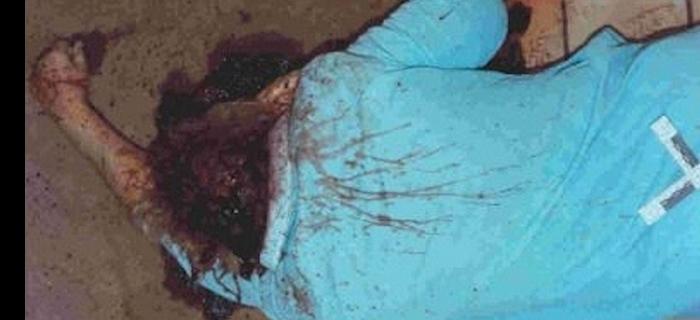 Corpo de Naoma Wendorf, encontrado na cozinha