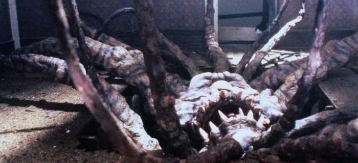 Necronomicon (1993) (8)