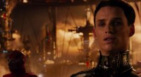 Enquanto Matrix esbanjava imaginação em um universo sóbrio e contido, O Destino de Júpiter se perde na fantasia!