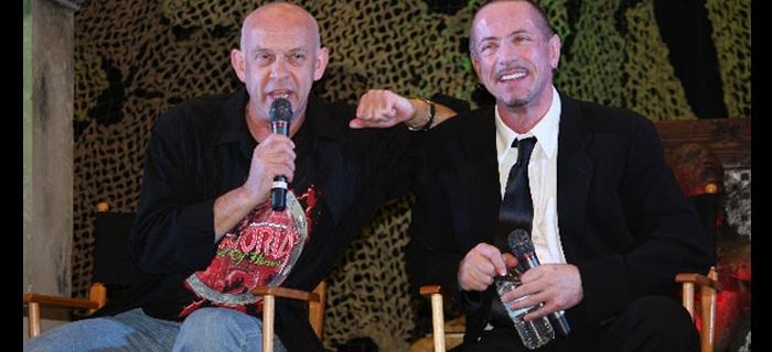 Doug Bradley (Pinhead) e Clive Barker