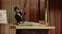 A ousadia do diretor em filmar cenas sangrentas há 50 anos é um fato que deve ser enaltecido, tornando o longa extremamente recomendável!