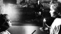 É inegavelmente indispensável e único, pois proporciona uma experiência cinematográfica de estranhamento, sombria e poética!