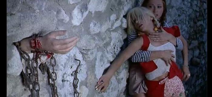 Requiem for a Vampire (1971) (4)