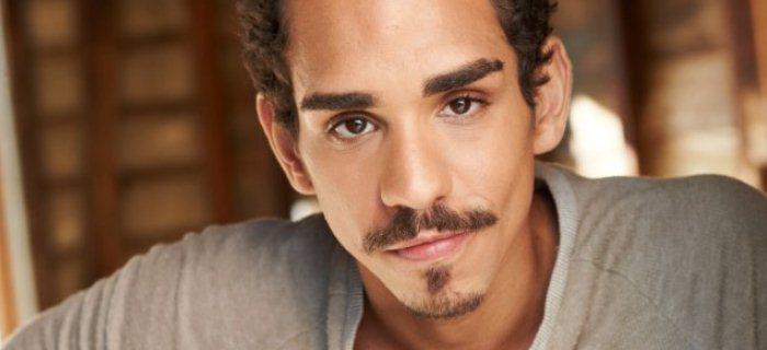 Ray Santiago viverá Pablo Simon Bolivar, leal companheiro de Ash