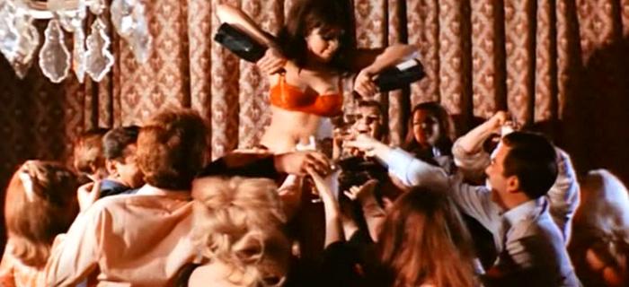 A Maldição do Altar Escarlate (1968) (8)