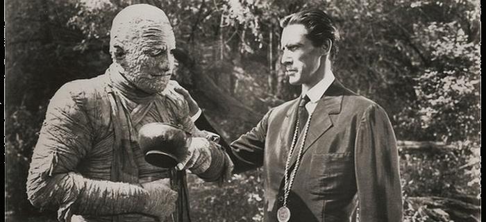A Sombra da Múmia (1944)