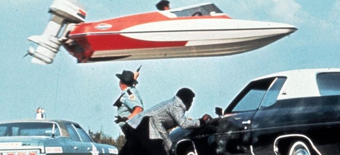 Com 007 Viva e Deixe Morrer (1973) (2)