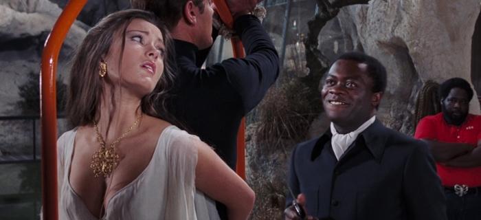 Com 007 Viva e Deixe Morrer (1973) (3)