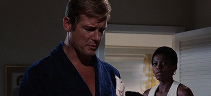 Com 007 Viva e Deixe Morrer (1973) (5)