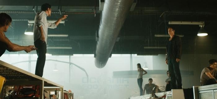 Bait 3D (2012) (2)