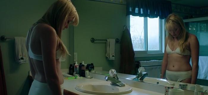 Corrente do Mal (2014) (2)