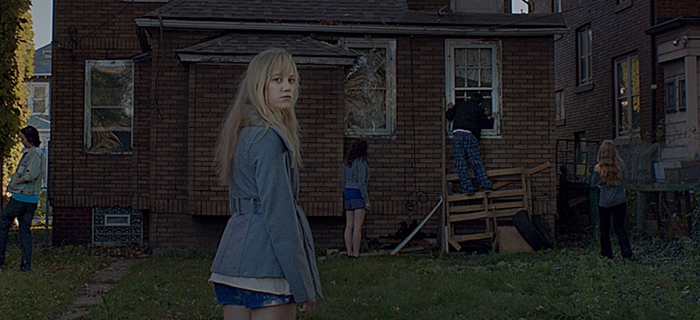 Corrente do Mal (2014) (3)