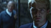 Tem um clima intenso de suspense e ação, investindo bem menos no horror explícito que seu antecessor Hannibal!