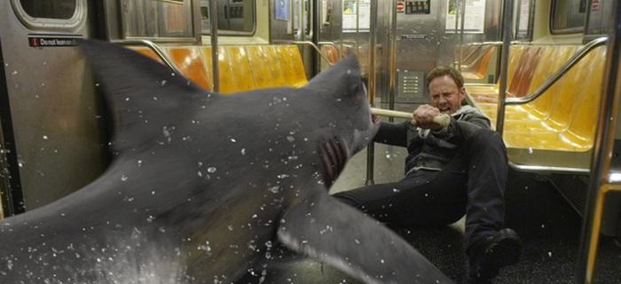 Sharknado 2 (2014) (2)