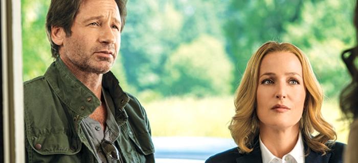 David Duchvny e Gillian Anderson vivem os agentes Fox Mulder e Dana Scully