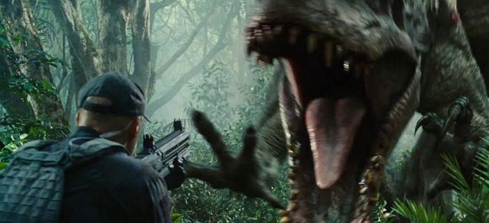 Jurassic World (2015) (2)