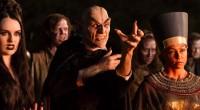 Adolescentes se unem a Stine para levar salvar sua cidadezinha dos monstros criados pelo escritor