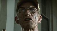 Ator interpretou Old Monty, tio de Leatherface no remake de O Massacre da Serra Elétrica