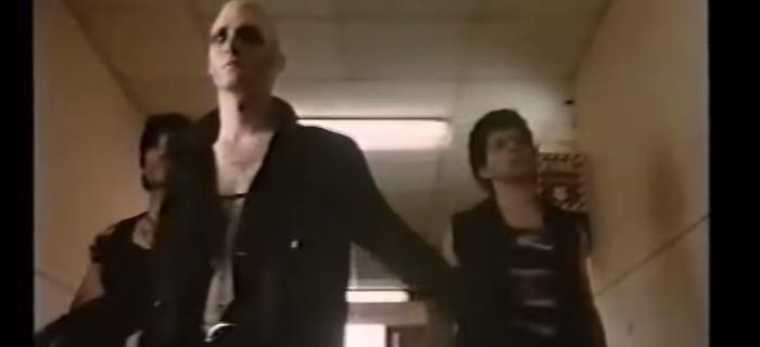Garotos Mortos Não Podem Voar (1992)