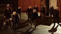 Adaptação televisiva de Guillermo Del Toro segue fiel às obras e agrada tantos os fãs da Trilogia da Escuridão quanto novos públicos!