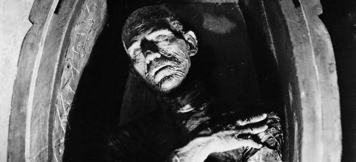 No original de 1932, a Múmia foi interpretada por Boris Karloff