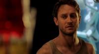 Filme estrelado por Josh Stewart acompanha homem que descobre o segredo sinistro guardado por seu vizinho