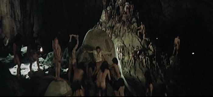 Mundo Canibal (1977) (9)