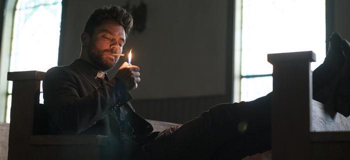 Dominic Cooper vive o padre Jesse Custer na série
