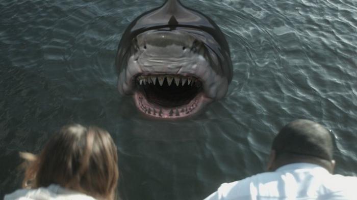 Tubarões Zumbis (2015) (1)