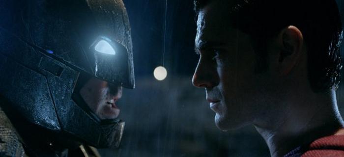Batman Vs Superman (2016) (2)