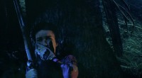 Filme do mesmo diretor de Nightworld mostra um casal fugindo de assassinos após descobrirem um terrível segredo