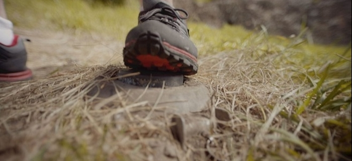 Landmine Goes Click (2015) (2)
