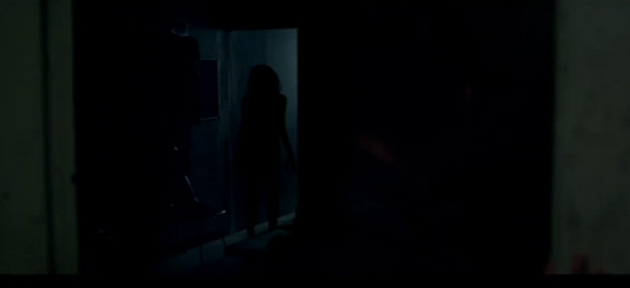 Lights Out (2016) (1)