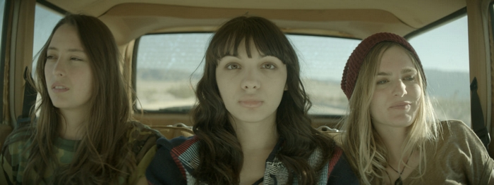 Southbound (2016) (2)