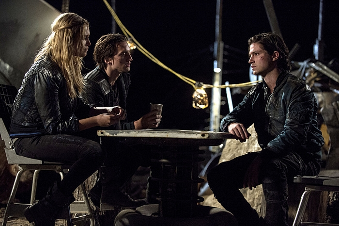 The 100 (2015) (2)
