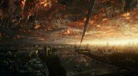 Vinte anos depois do filme original, uma nova ameaça alienígena atinge o planeta no dia 23 de junho