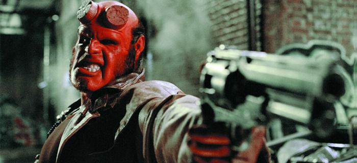Hellboy foi criado por Mike Mignola e já teve dois filmes e duas animações.