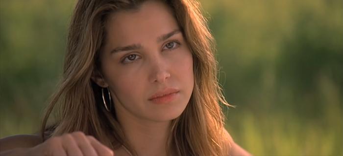 Gina Phillips em Olhos Famintos (2001)